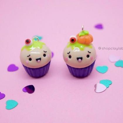 Kawaii Halloween eye cupcake clay c..