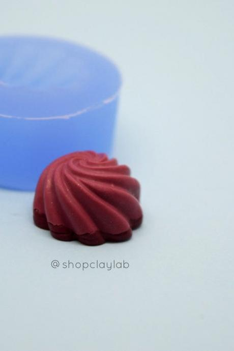 Chocolate gelatin silicone push mould